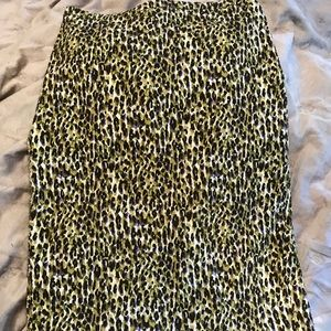 Dresses & Skirts - Print pencil skirt JCrew fun animal print